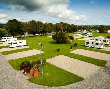 How to find a suitable caravan park for your needs?