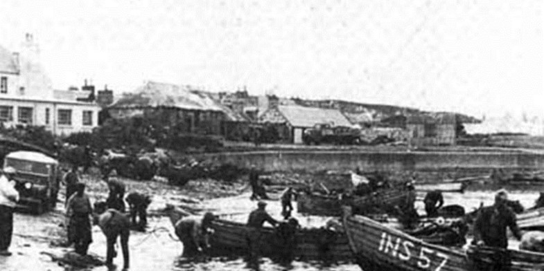 Fishing at the Portsoy coast in the past